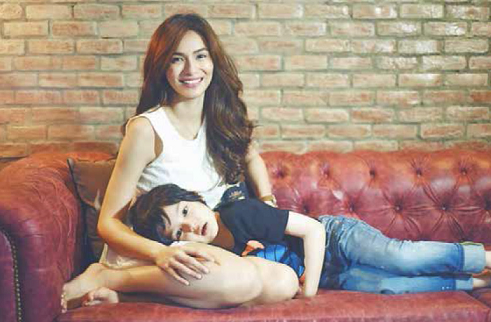 How is Jennylyn Mercado as a mom?
