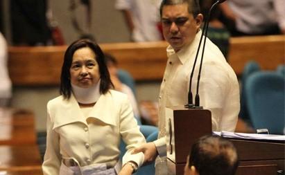 Arroyo files bill seeking to extend passport validity