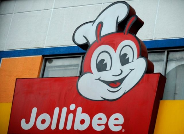 Filipino fast-food chain Jollibee opens its first store in Chicago