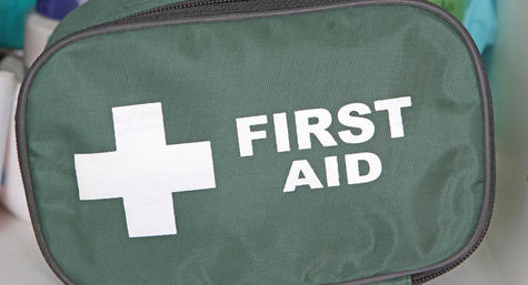 Filipinos in AUH give away first aid kits to Philippine schools