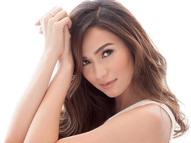 GMA dubs Jennylyn Mercado 'The Ultimate Star'