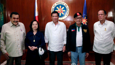 Photo of When 5 recent PH presidents meet: Gloria, Noynoy sit beside each other