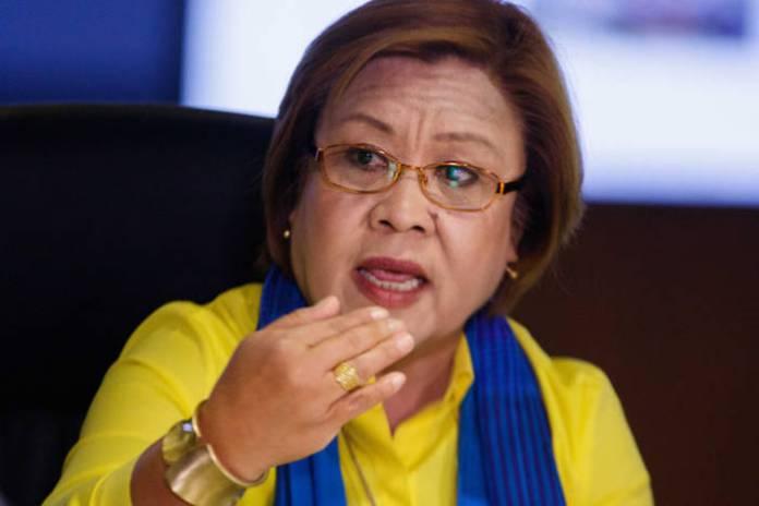 De Lima shuns conspiracy theories on Davao blast
