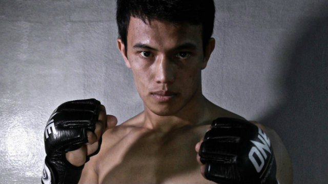 Pinoy fighter beats Dutch rival in Jakarta