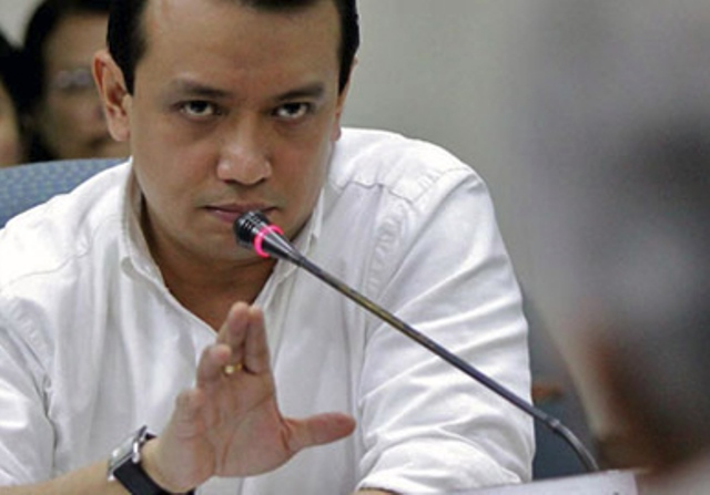 Trillanes denies he offered woman P500,000 bribe to testify vs Duterte