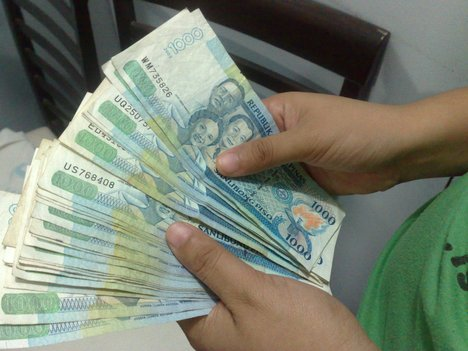 Peso-Dirham exchange slips further, now at Php 14.27
