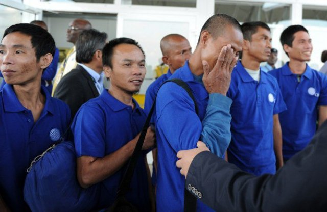 Freed Filipino sailor reveals they ate rats for survival