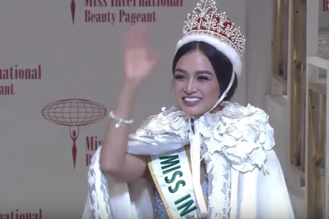 Philippines bet crowned Miss International 2016