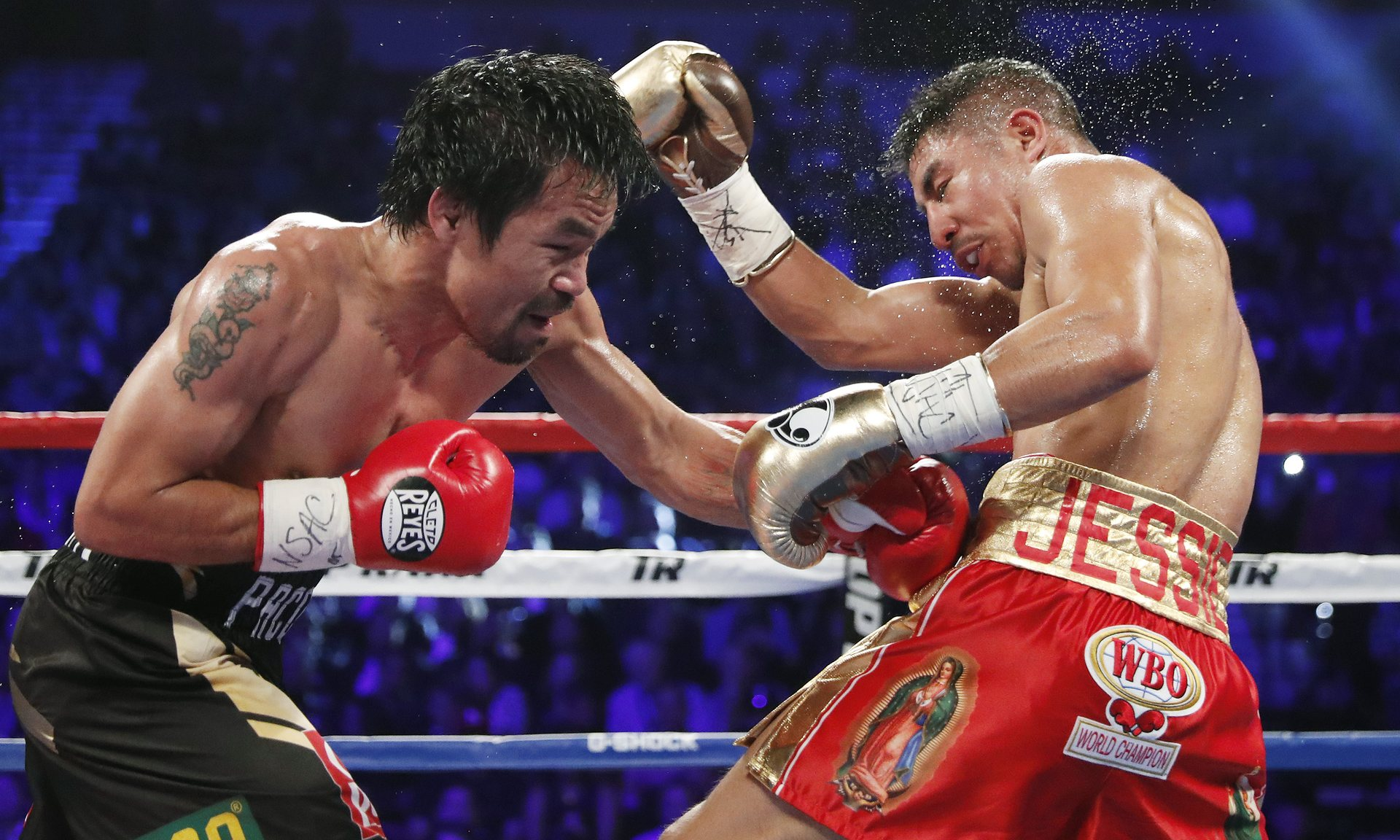 Pacquiao beats Vargas to reclaim WBO welterweight title