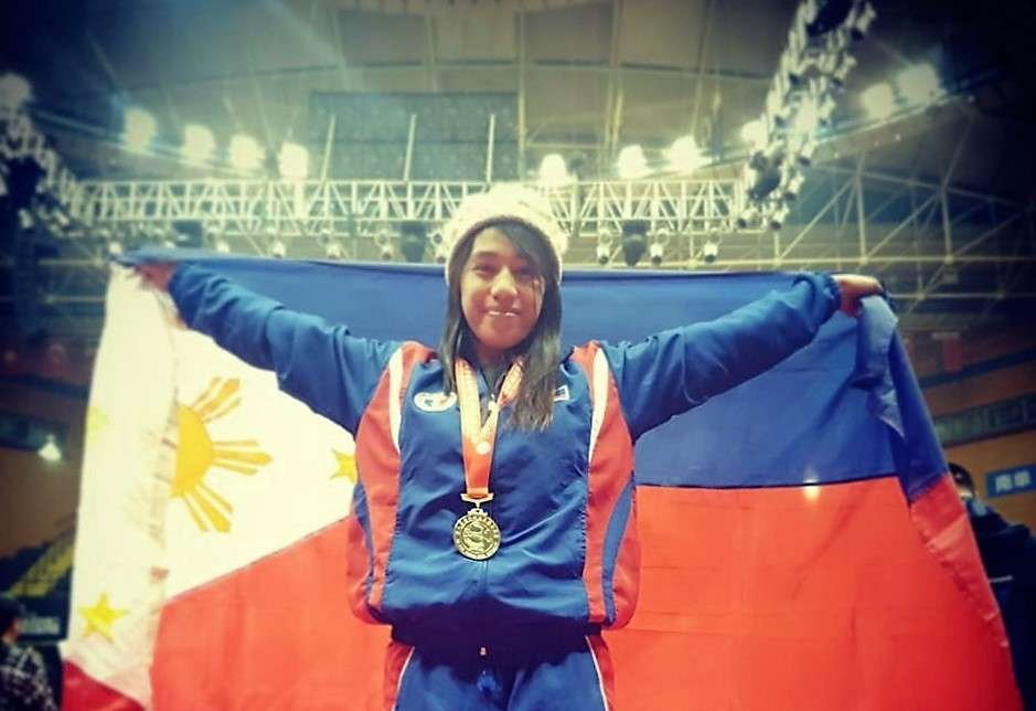 Pinay from Baguio bags PH's first-ever gold in kickboxing tourney