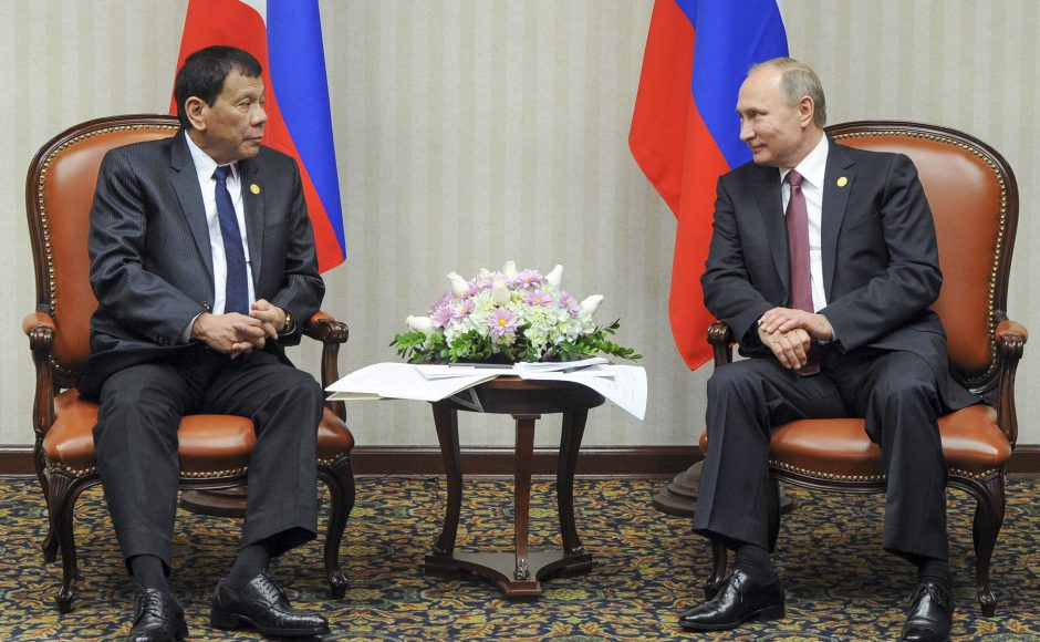 In talks with Putin, Duterte hits west for bullying PH
