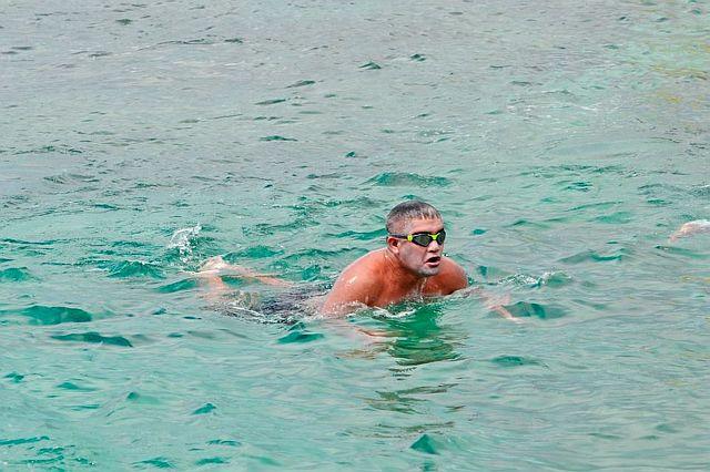 'Pinoy Aquaman' to cross 17km Canigao Channel