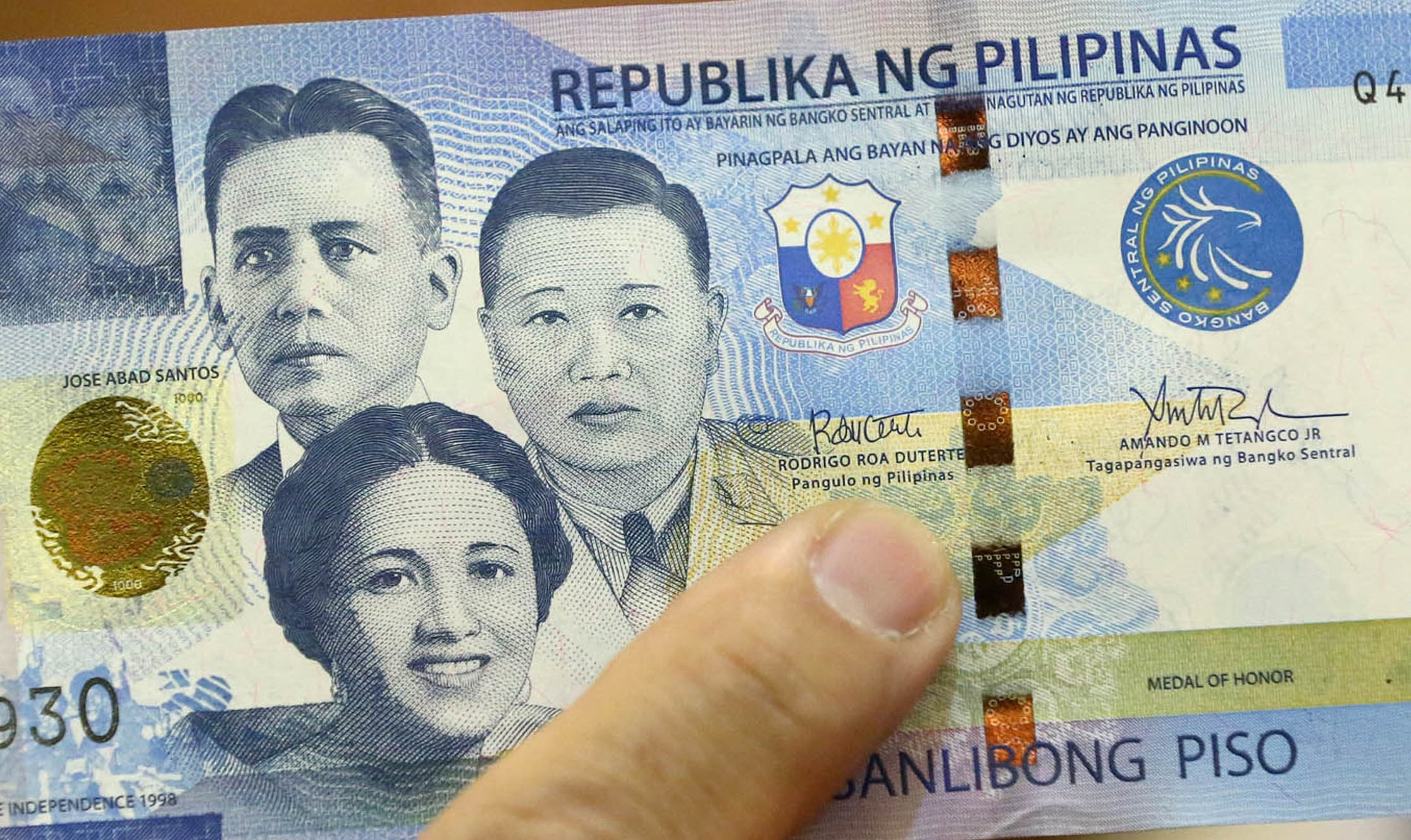 Peso bills signed by Duterte released