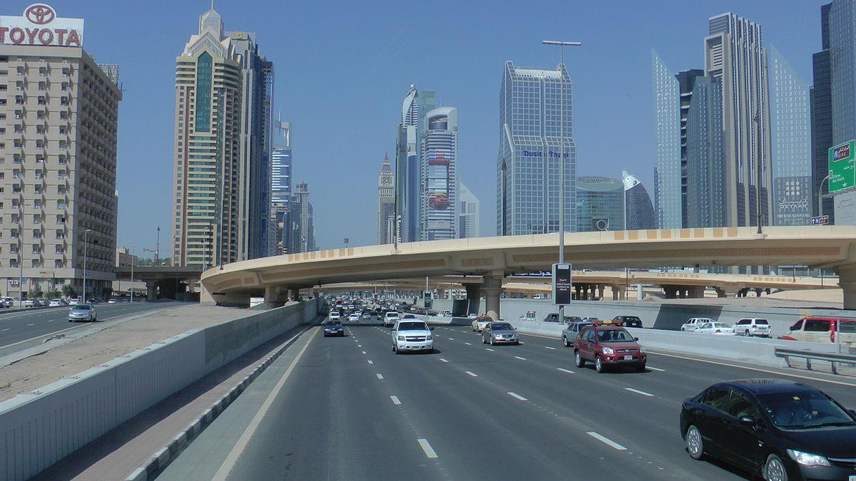 Closed lane in Ibn Battuta for Dubai Route's 2020 project