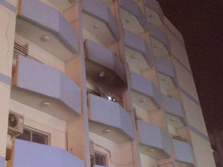 Fire erupts in apartment along Al Wahda street
