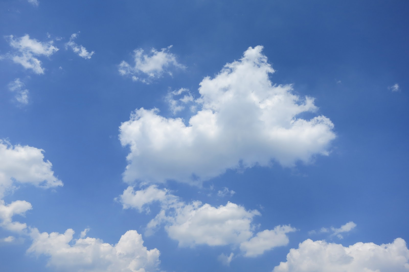 Partly cloudy weather today in UAE | The Filipino Times