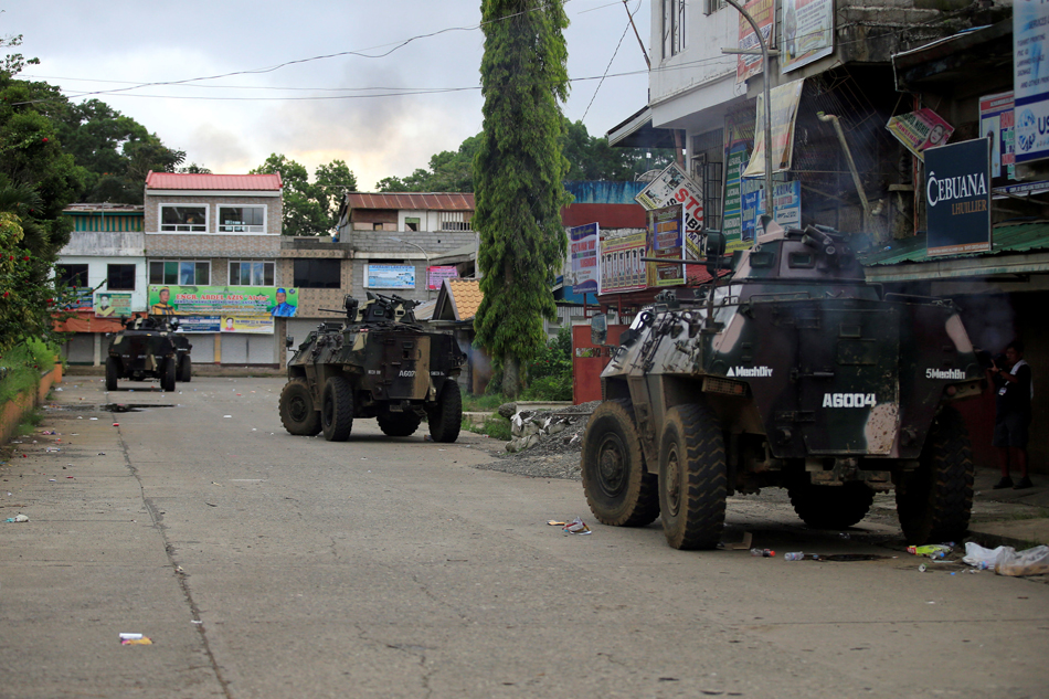 Troops corner Maute fighters in 4 villages