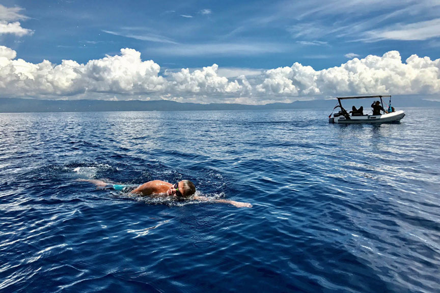 'Pinoy Aquaman' makes waves anew in Bohol