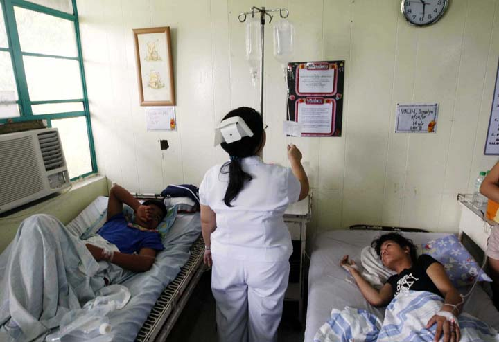 Duterte signs law to strengthen 'anti-hospital deposit' policy