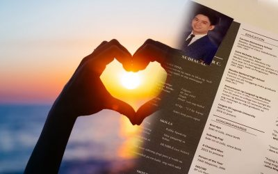 Guy who passed his resume to win a girl's heart was 'successfully hired'