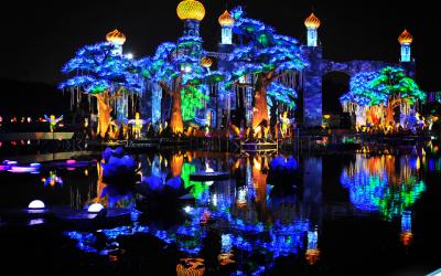 Dubai Garden Glow launches ice sculpture exhibit