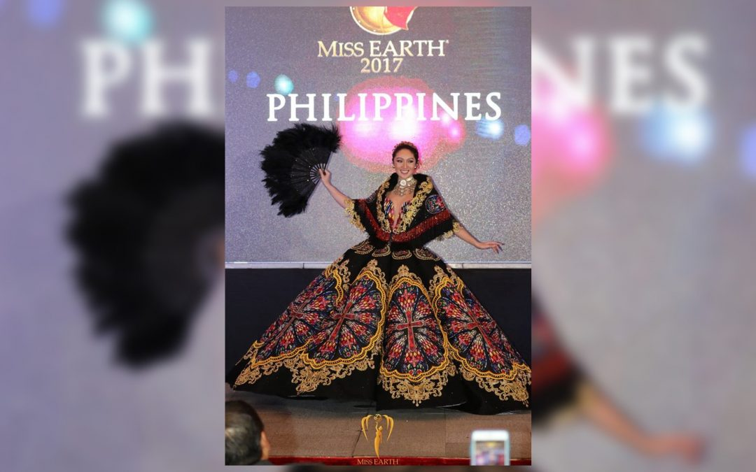 LOOK: PH's bet wins best national costume at Miss Earth 2017