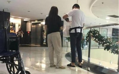 Ellen Adarna, John Lloyd Cruz spotted at St. Luke's for 'prenatal' checkup