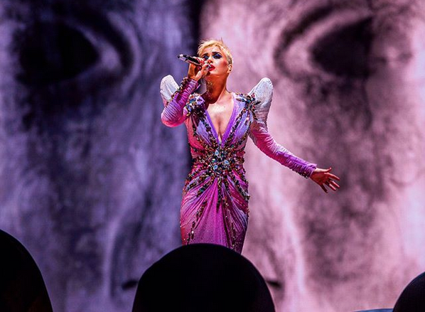 Katy Perry headlines New Year's Eve concert in Abu Dhabi