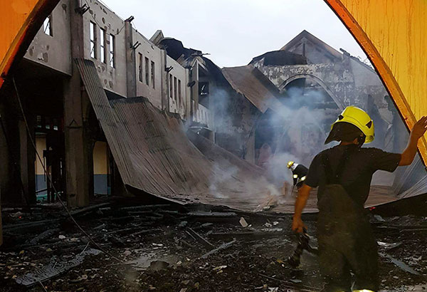 Christmas morning fire hits historic cathedral in Kalinga