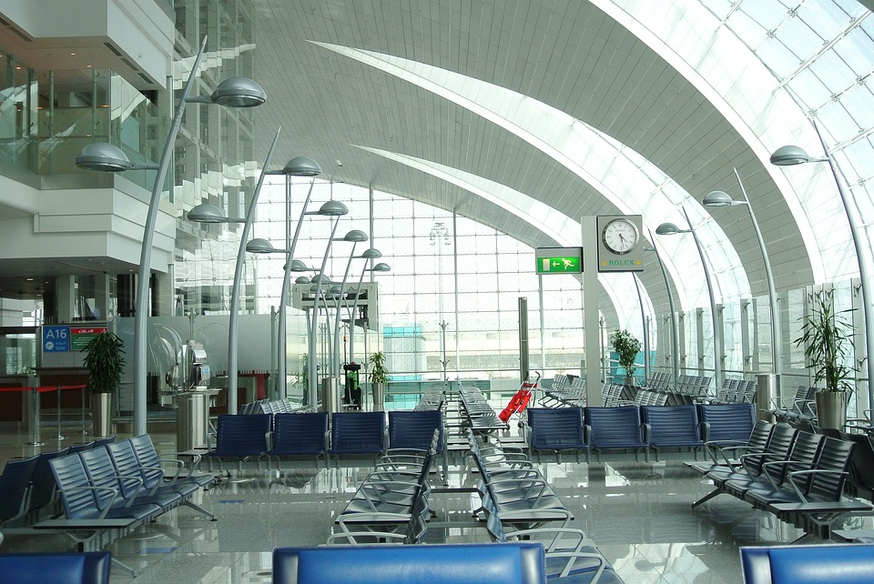 Asian parents forget 3-year-old child at Dubai airport