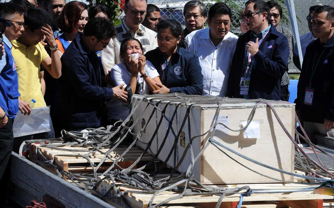 Remains of OFW Joanna Demafelis back home in Iloilo