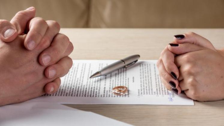 More than half of Filipinos back legalization of divorce
