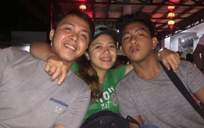 """Nakapagpatapos ako!"" Filipina breadwinner celebrates milestone"