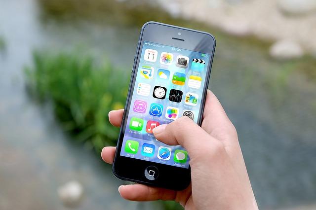 Man arrested for selling stolen phone to original owner