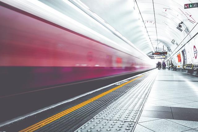 UAE mulls to have rail link with Saudi Arabia