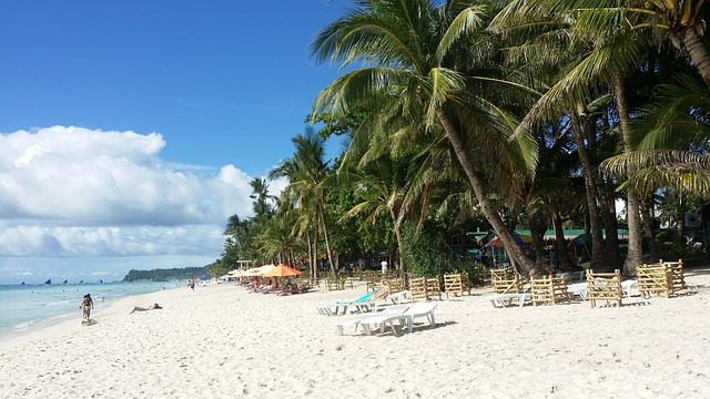 Bello warns Boracay employers: No layoffs during island closure
