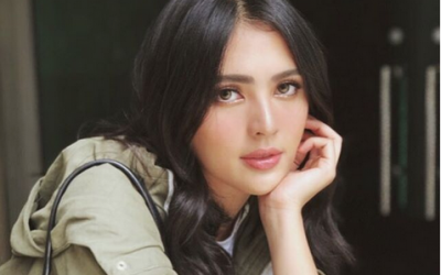 WATCH: Were the press offended by Sofia Andres' actions?