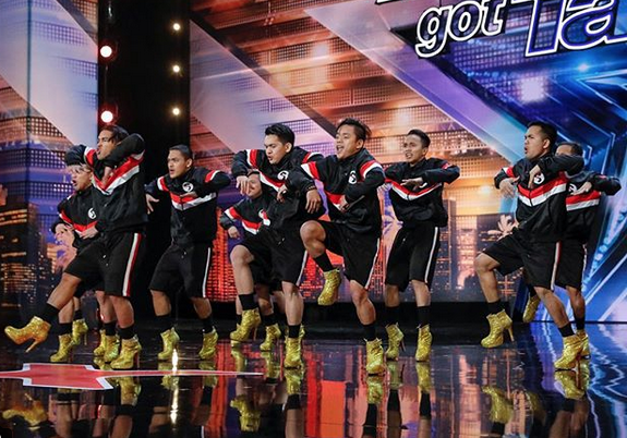 """Pinoy dance group wows judges in """"America's Got Talent"""""""