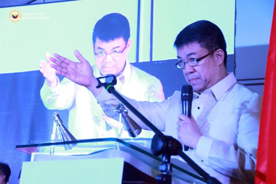 Pimentel steps down as Senate President