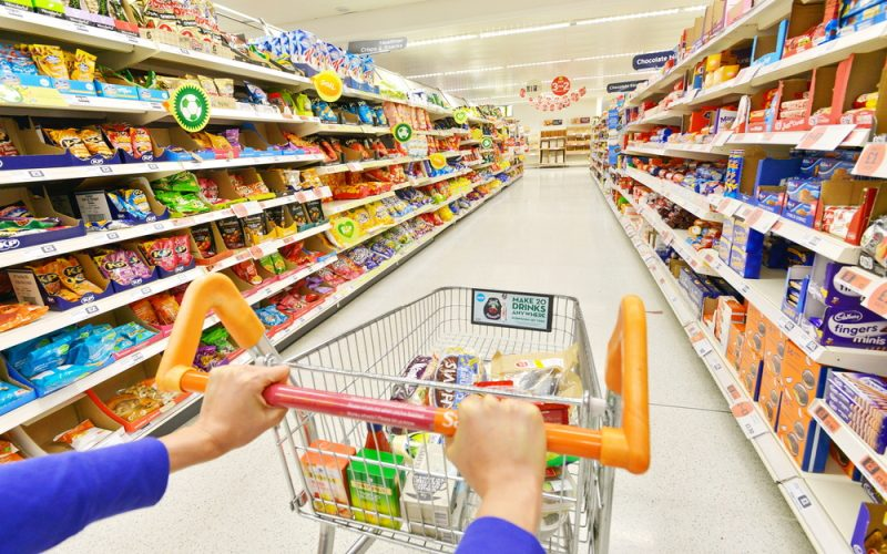 Up to 90% discount on goods in UAE starts