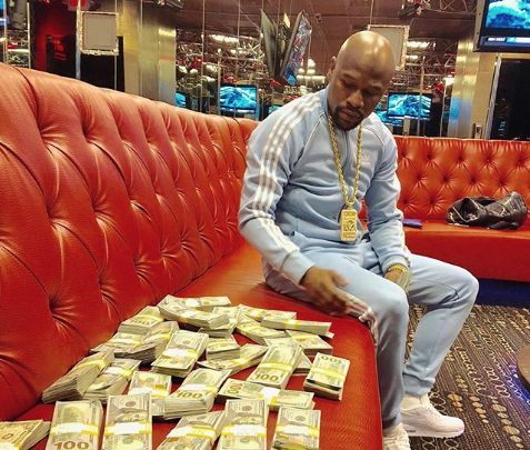 Mayweather reclaims top spot in Forbes list of highest-paid athletes