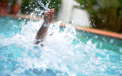 Siblings from Dubai save man from drowning in hotel pool