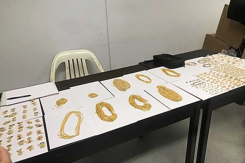 BOC officer who frequented Dubai arrested for being front of 'jewelry smuggling ring'