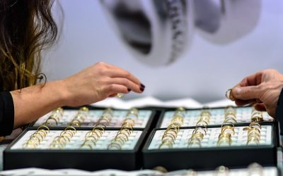 Jewelry sales on surge as gold rates in UAE hit 6-month low