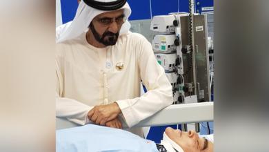 Photo of Sheikh Mohammed bin Rashid visits motorist whose vehicle plunged into 15-meter-deep hole in Dubai