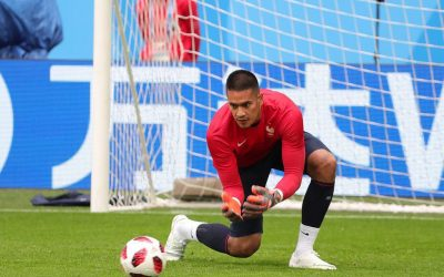 France nat'l football team's goalkeeper has Filipino roots