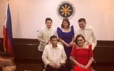 LOOK: Presidential family pose for rare photo op during SONA 2018