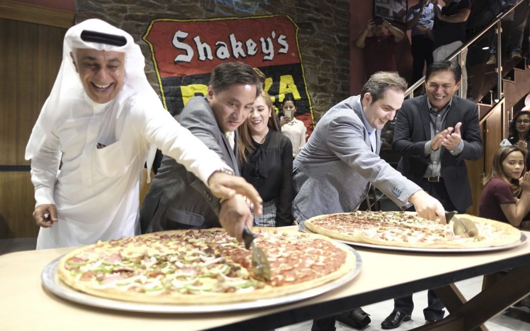 Shakey's Pizza is now open in Dubai!