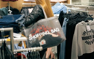 Dubai clothing store offers 'shop-all-you-can' for only Dh99