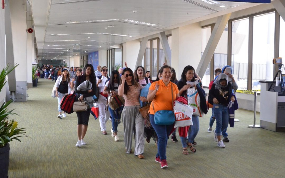 DOLE estimates over 100,000 Filipinos stranded overseas